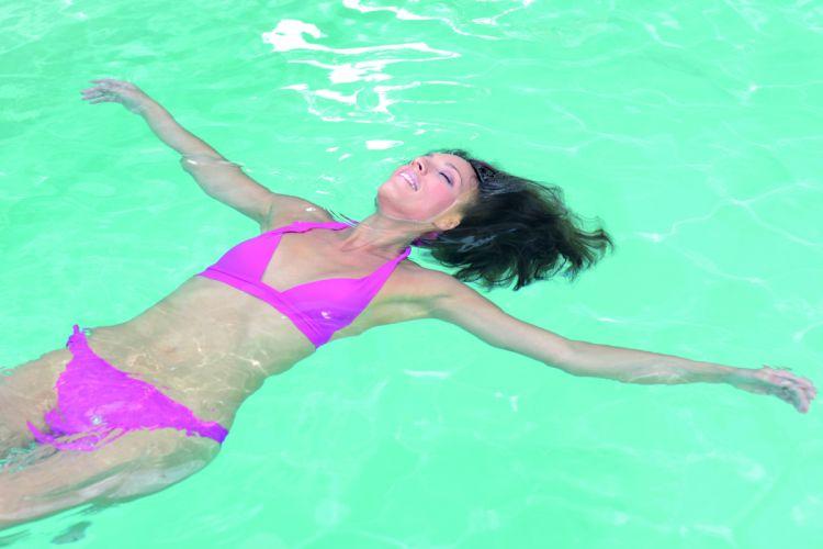 Freizeit Aktivität Schwimmen